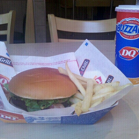 Photo taken at Dairy Queen by Roger R. on 6/14/2012