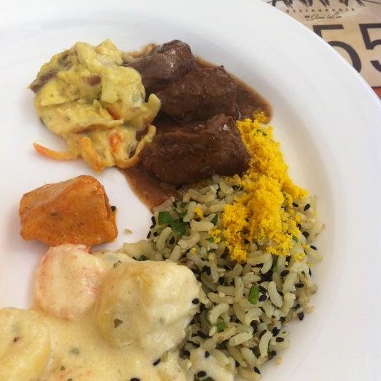 Foto tirada no(a) Anamá Restaurante por Caroline M. em 9/6/2012
