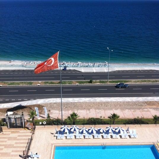 6/8/2012 tarihinde ℒℇƲℇℵƬ Ǿ.ziyaretçi tarafından Harrington Park Resort Hotel'de çekilen fotoğraf