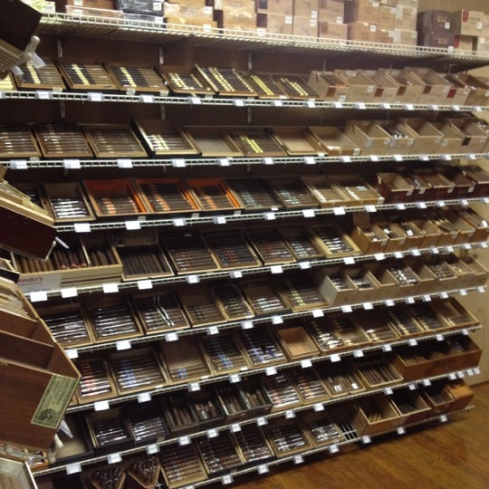 Photo taken at Smoky's Tobacco and Cigars by Tennessee J. on 5/22/2012