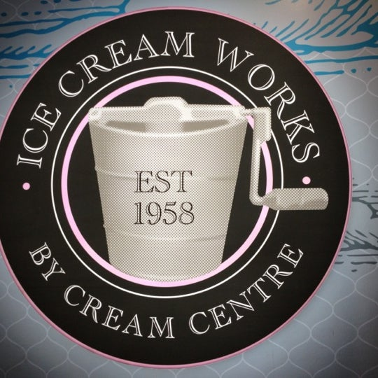 Photo taken at Ice Cream Works by Virrindra A. on 2/17/2012