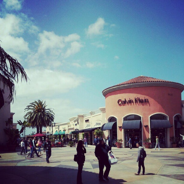 Photo taken at Carlsbad Premium Outlets by Gunn W. on 4/14/2012