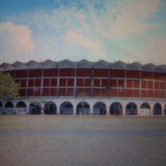 Foto tomada en Plaza de Toros Nuevo Progreso por Juan G. el 6/16/2012