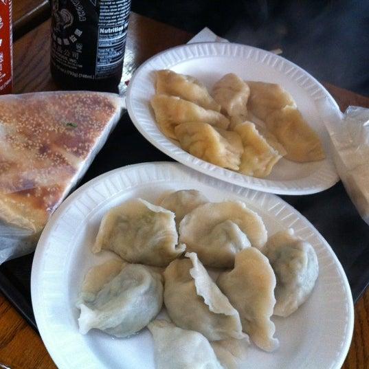 Photo taken at Vanessa's Dumpling House by Ayaka N. on 3/10/2012