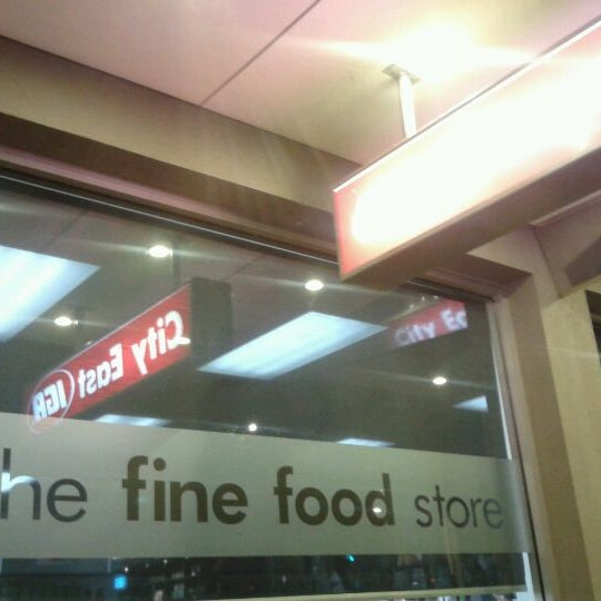 General Stores That Donate Food