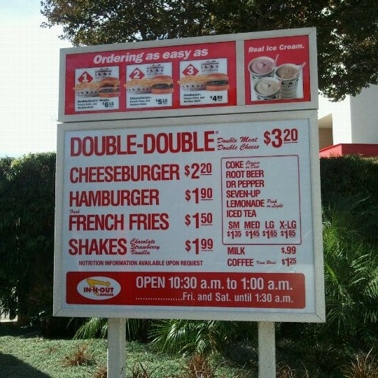 Photo taken at In-N-Out Burger by Jedidiah M. on 10/28/2011
