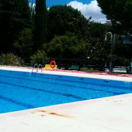 Piscina municipal la alameda piscina en talavera de la reina for Piscinas talavera