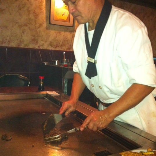 Photo taken at Mt. Fuji Japanese Steak House by Maher M. on 10/9/2011