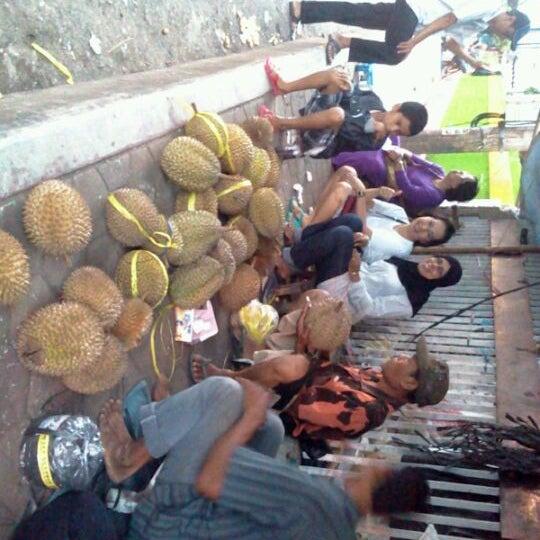 Photo taken at Masjid Jami' Kauman Pekalongan by Awal W. on 1/21/2012