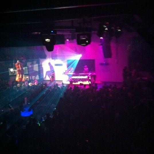 12/15/2011 tarihinde SenaSziyaretçi tarafından Masquerade Club'de çekilen fotoğraf