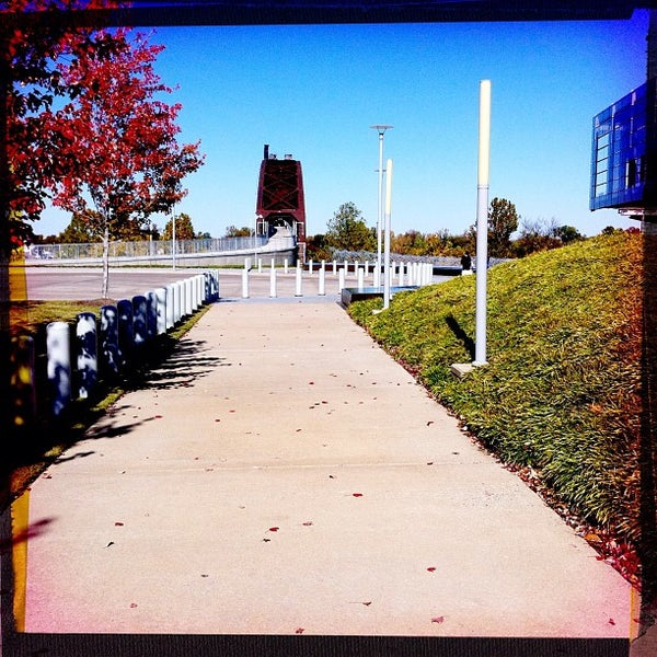 Foto tomada en William J. Clinton Presidential Center and Park por Bryan J. el 11/10/2011