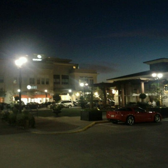 Photo taken at North Hills Shopping Center by Thomas R. on 9/1/2011