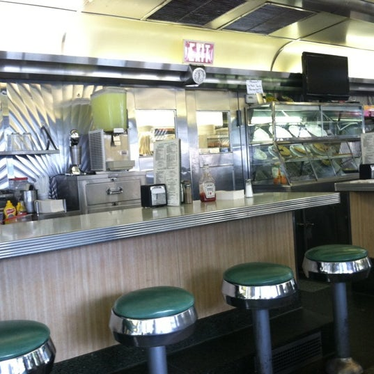 Photo taken at Harris Diner by Pete C. on 9/6/2012