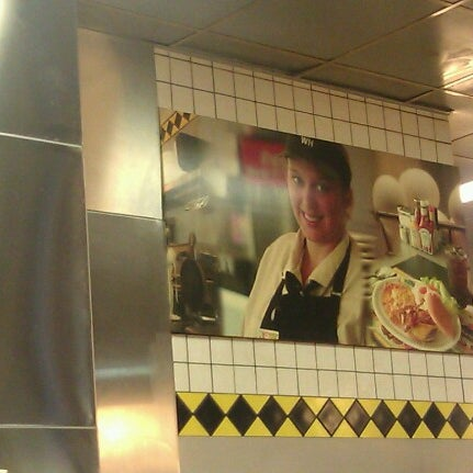 Photo taken at Waffle House by Anna B. on 8/5/2012