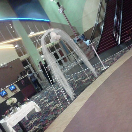Photo taken at Cobb Grove 16 Cinemas by laura m. on 11/18/2011