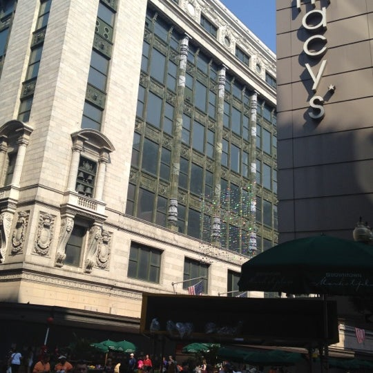 Macys Outlet Chicago: Department Store In Downtown Boston
