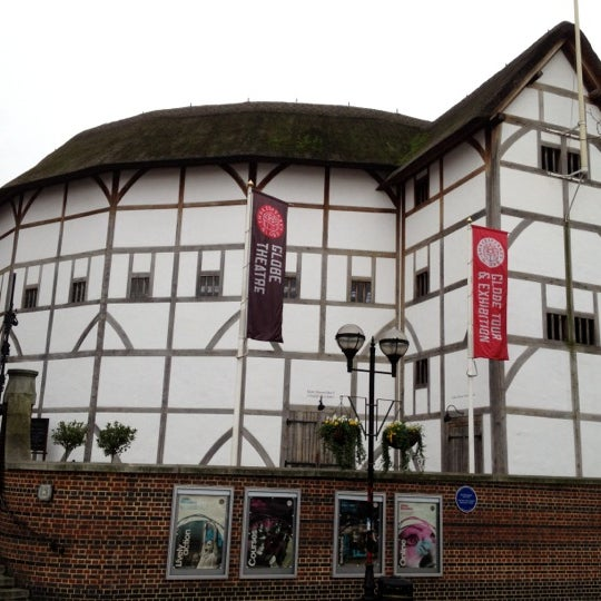 Photo taken at Shakespeare's Globe Theatre by Alessandro N. on 11/14/2011