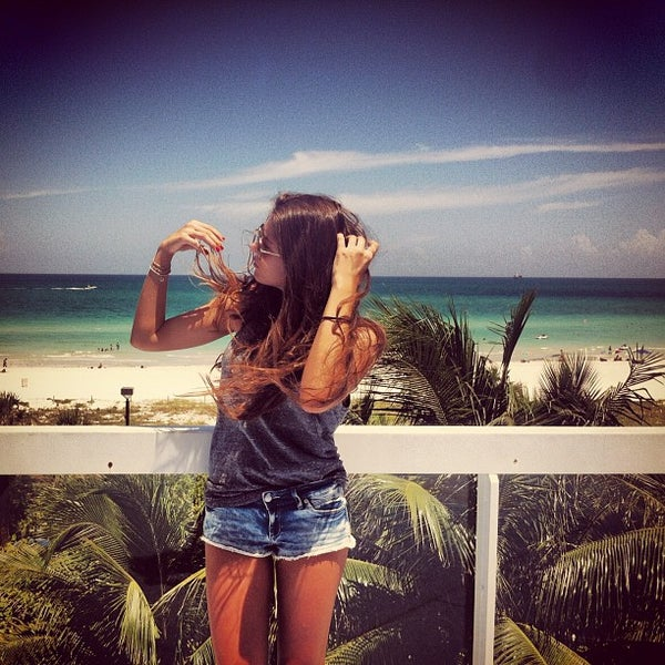 Photo taken at The Perry South Beach Hotel by Elina G. on 8/1/2012