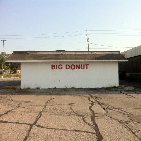 Photo taken at Big Donut by Evan F. on 8/15/2012
