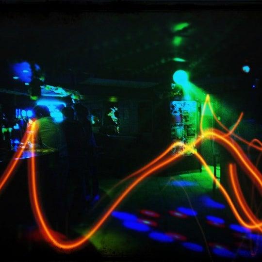 Снимок сделан в Papa's Bar & Grill пользователем Тепло и лампово 8/16/2012