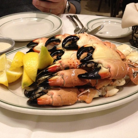 Photo prise au Joe's Seafood, Prime Steak & Stone Crab par Kazumasa K. le4/18/2012