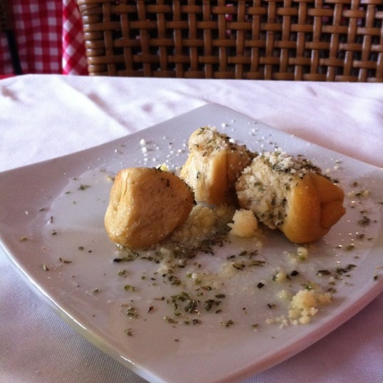 Foto tirada no(a) Di Andrea Gourmet Pizza & Pasta por Mámá N. em 1/26/2012
