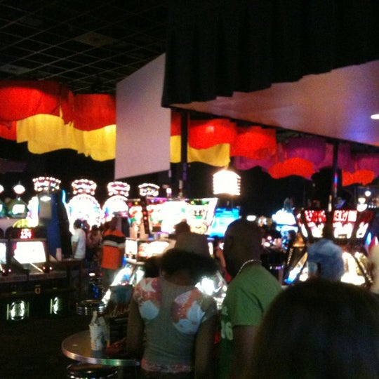 Photo taken at Dave & Buster's by Jess G. on 7/15/2012
