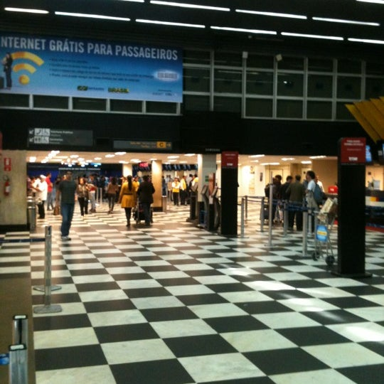 Снимок сделан в Международный аэропорт Конгоньяс/Сан-Паулу (CGH) пользователем Glauco B. 5/28/2012