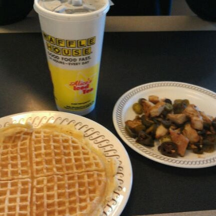 Photo taken at Waffle House by Sabrina M. on 12/1/2011