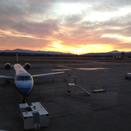 Foto tomada en Burlington International Airport (BTV) por Aaron P. el 11/13/2011