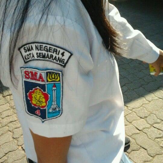 Photo taken at SMA Negeri 4 Semarang by Fauz H. on 9/8/2011
