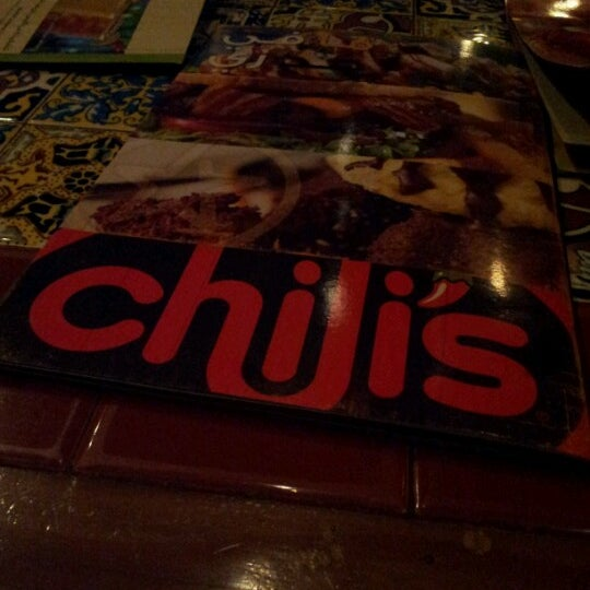 Photo taken at Chili's by Aliah A. on 7/13/2012