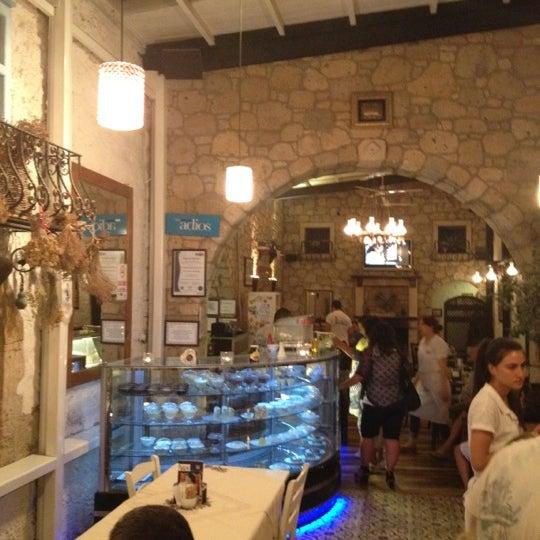 6/30/2012 tarihinde Sibel A.ziyaretçi tarafından İmren Han'de çekilen fotoğraf