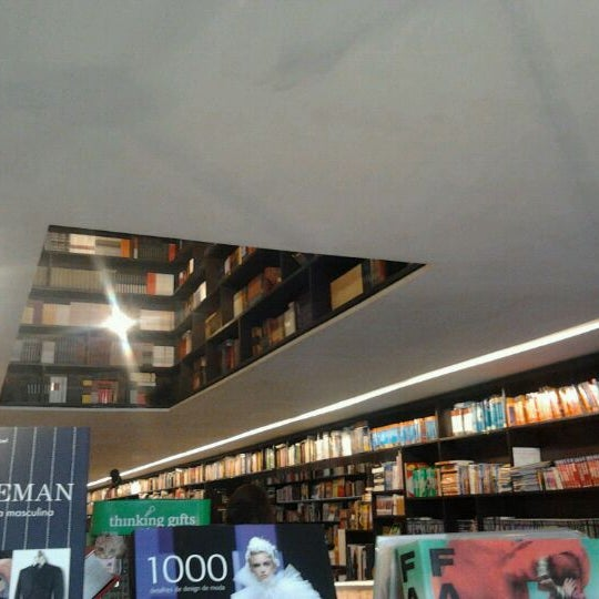Photo taken at Livraria da Vila by Jessica F. on 2/4/2012