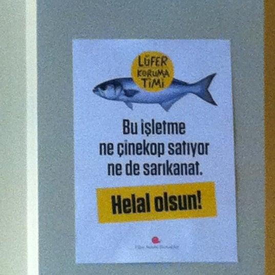 Photo taken at Sıdıka Meze Restoranı by Neslihan ® on 3/9/2012