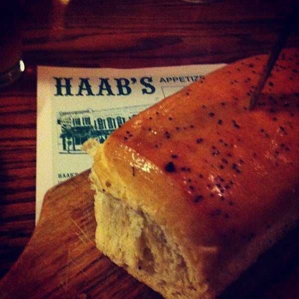 Foto diambil di Haab's Restaurant oleh Teaspout pada 2/11/2012