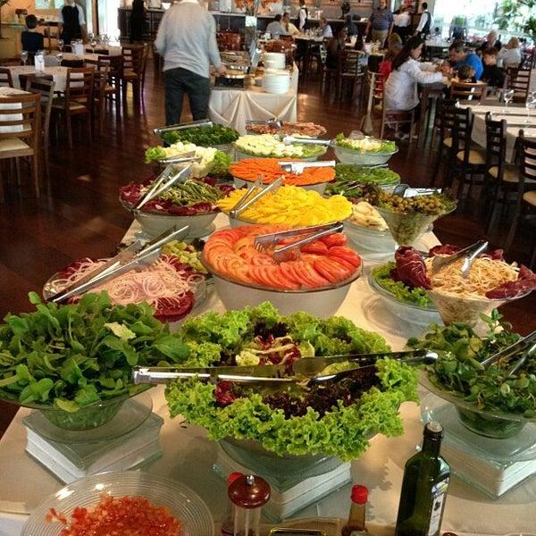 Foto tirada no(a) Restaurante Planeta's por Alex G. em 7/6/2012