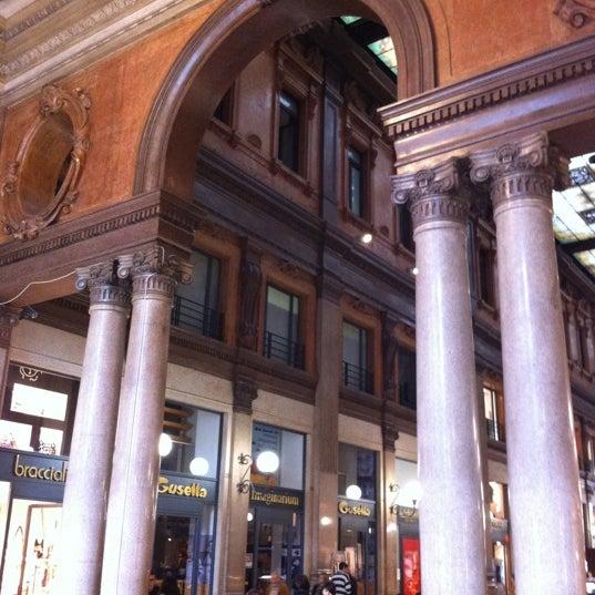 Foto scattata a Galleria Alberto Sordi da il Toscano il 4/7/2012