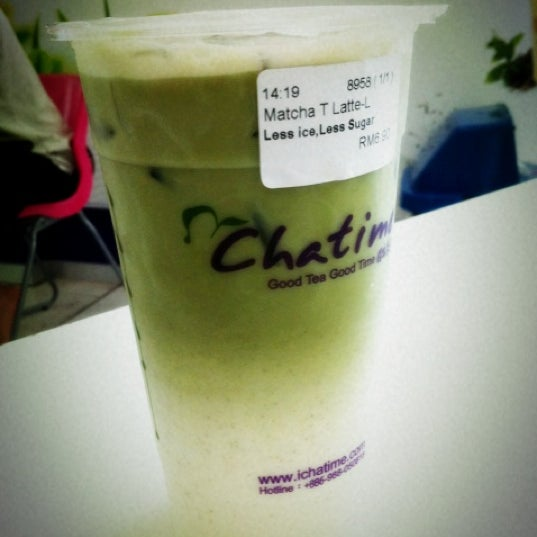 Photo taken at Chatime by Eunice Y. on 4/28/2012