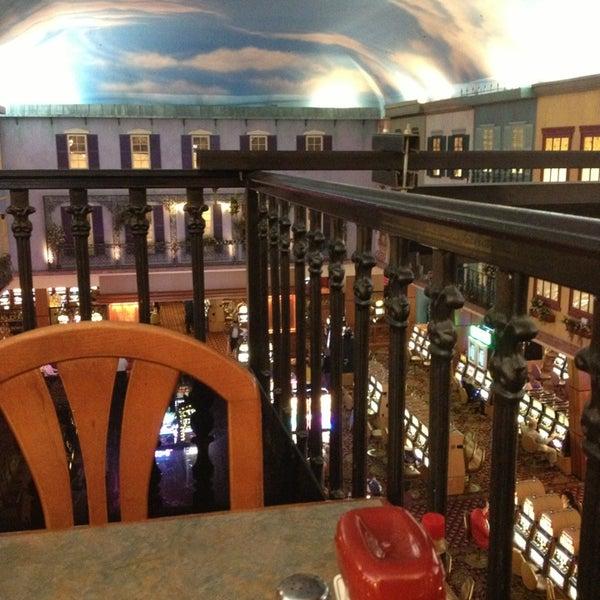 Triple crown casino hotel casino condo rentals palm springs