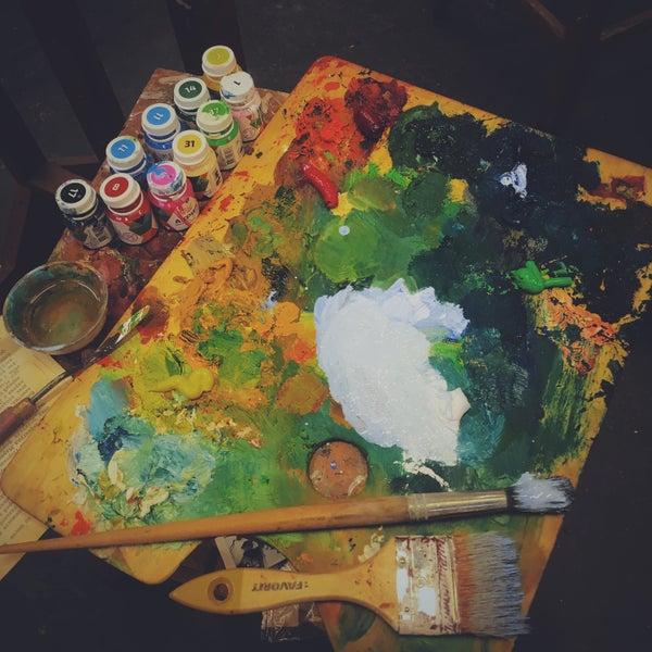 Снимок сделан в ArtStudio28 пользователем Daria N. 5/26/2016