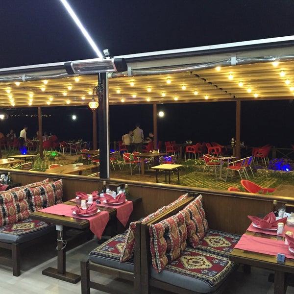 7/25/2016 tarihinde Halil Aydoğanziyaretçi tarafından Taçmahal Et Balık Restorant'de çekilen fotoğraf
