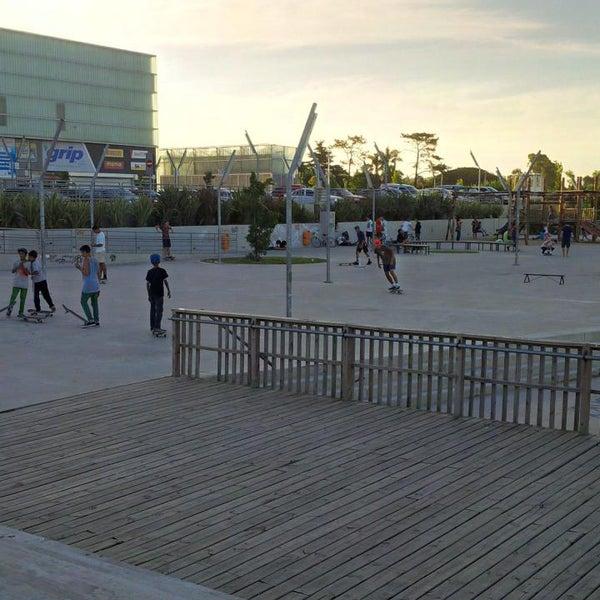 รูปภาพถ่ายที่ Costa Urbana Shopping โดย Santi P. เมื่อ 1/24/2015