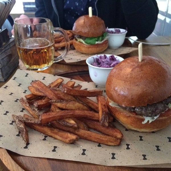 Photo taken at Le Burger by Tomáš H. on 4/28/2016