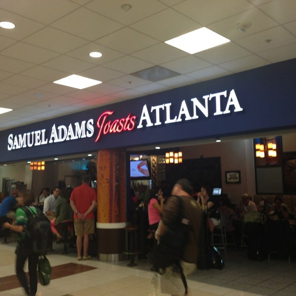 Photo taken at Hartsfield-Jackson Atlanta International Airport (ATL) by NYC Brunch Babes on 7/4/2013