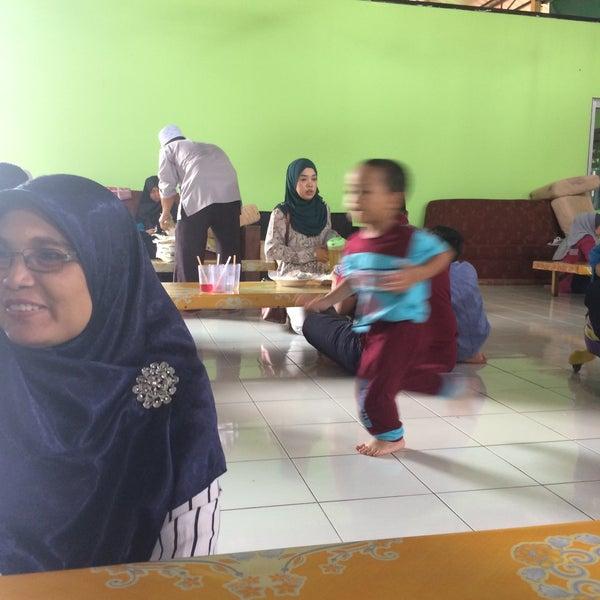 Photo taken at MABIQ Restaurant by Farah S. on 10/30/2016