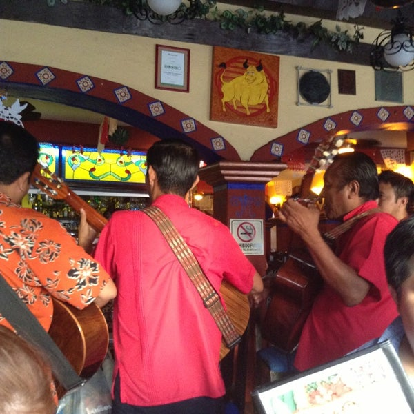 Foto tomada en La Parrilla Cancun por Viviana G. el 2/13/2013