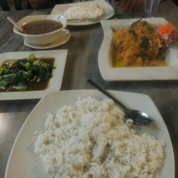 Photo taken at Malee Classic Seafood by Aini S. on 5/9/2015
