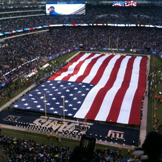 Photo taken at MetLife Stadium by Su L. on 11/5/2012
