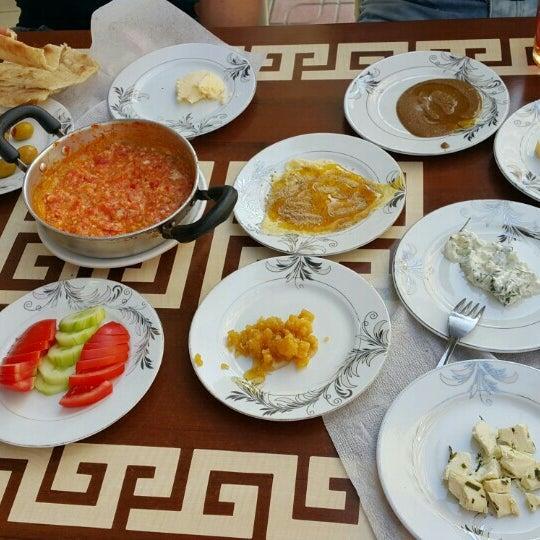 6/11/2015 tarihinde Kahraman T.ziyaretçi tarafından Yeni İmsak Kahvaltı Salonu'de çekilen fotoğraf
